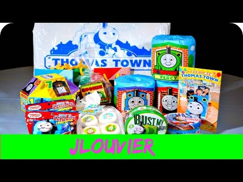 Japanese THOMAS TOWN Surprise Train Toys Cookies & Candy Review