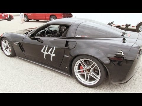 Z06 chasing down a GTR at MSR - TX2K12