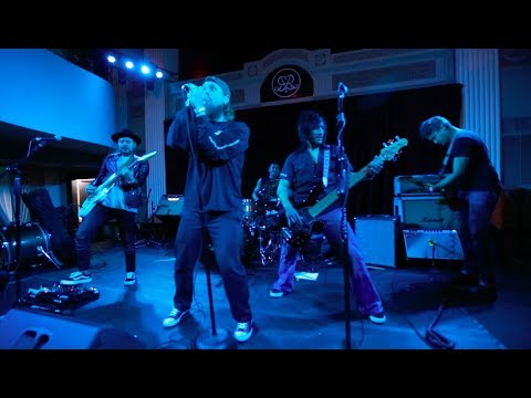 Mike Vallely & The Texas New Arms: Can't Decide (Live)