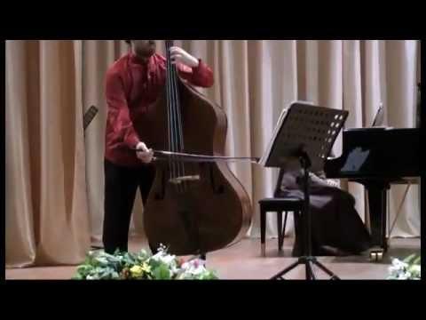 J S Bach Gamba Sonata n°2 (1°, 2°mvt ) Enrico Fagone