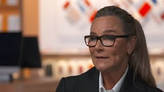 SVP of retail Angela Ahrendts reveals redesigned Apple stores