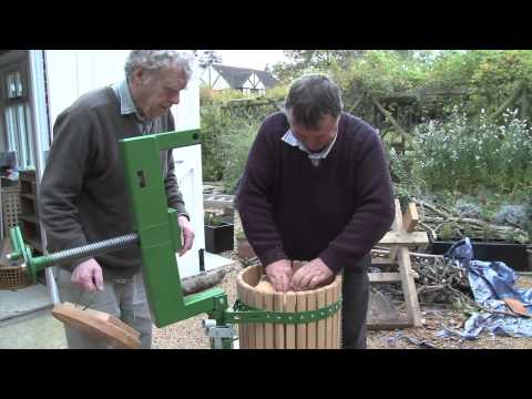Mr Grumpy's Scrumpy (Cider Making in Ely - 2010)