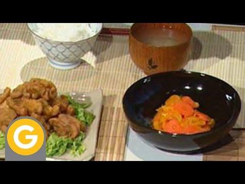 Ohno - Pollo frito con curry  Marinada de zanahoria y durazno seco