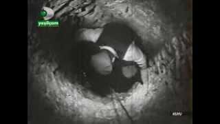 Kuyu (1968) - Hayati Hamzaoğlu, Nil Göncü   Yön : Metin Erksan