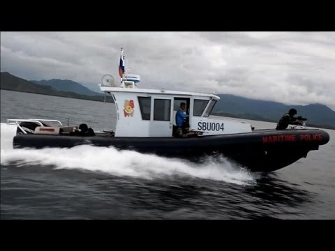 Philippine boat police anger China in fishing fight