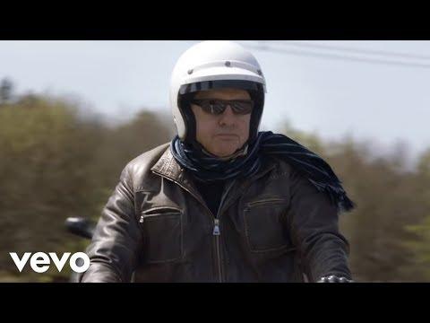 Mark Knopfler - Good On You Son