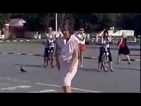 ))) Танцуют все!  Казахстан!!! Улыбнитесь!!!