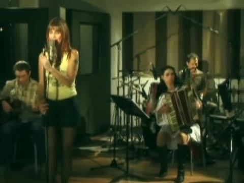 Fabiana Cantilo - Donde Manda Marinero