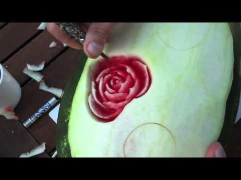 Искусство карвинга на арбузе