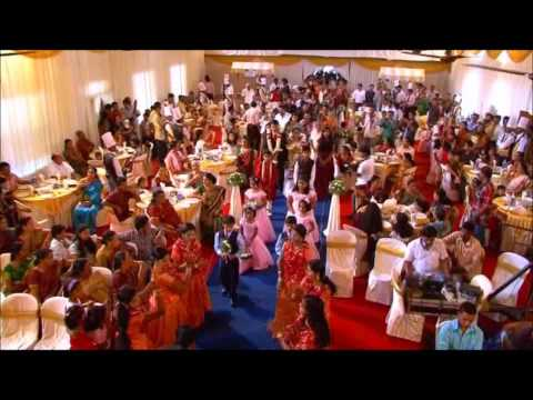 Kerala Wedding, Sweet Welcome  - Anwar  - Kizhakku Pookkum Song video