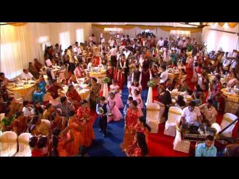 Kerala Wedding, Sweet Welcome  - Anwar  - Kizhakku Pookkum Song video