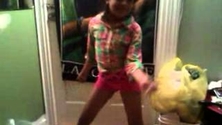 My 7 year old sister dancing drop it low girl