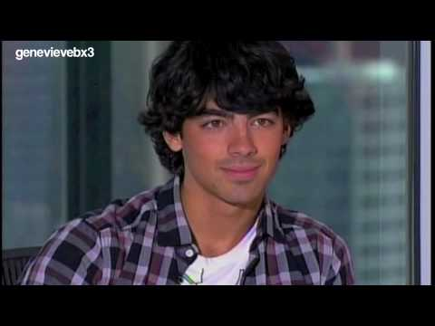 Joe Jonas on American Idol HD/HQ (full)