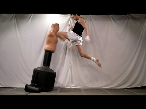 Flying Front Knee Strikes Tutorial - Rear Leg (Kwonkicker) Image 1