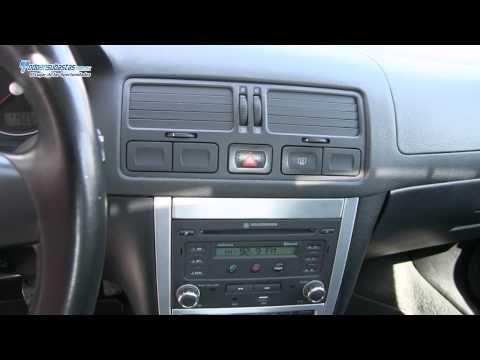 Volkswagen / Jetta Clasico Sport Tiptronic Climatronic B/A CD Q/C Bluetooth Rines de Aluminio / 2012