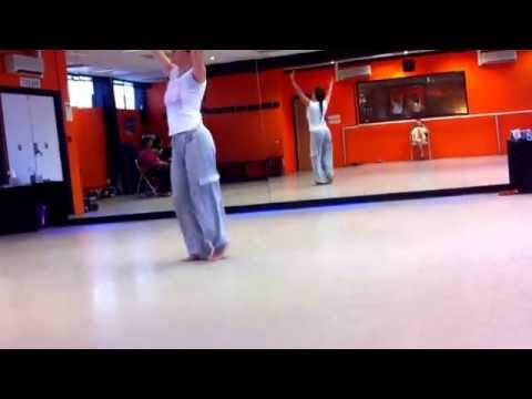 Love Bollywood Dance School Chamak Chalo Chel Chabeli Routine...