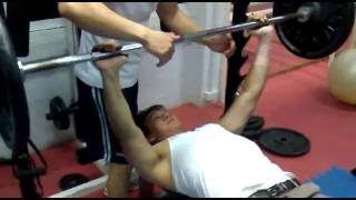 bench press.mp4
