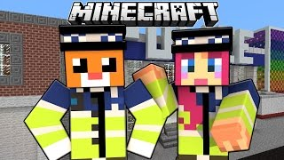 Lets Build A Police..... Cat.....Apparently! Build Battle! | Amy Lee33