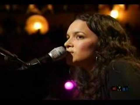 Willie Nelson & Norah Jones Video