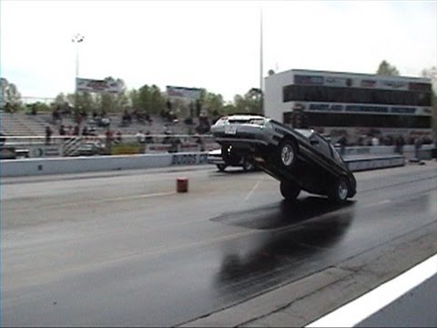 Ultra mustang wheelie bangs the bumper  wars mri 2013