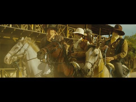 Los Plebes del Rancho de Ariel Camacho - Tres Botellas [Official Video]