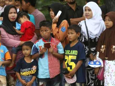 News Wrap: Southeast Asia marks 10 years since tsunami