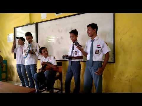 Lagu surgamu (ungu band) - IX MI 3 2017-2018 SMK FATSER 229