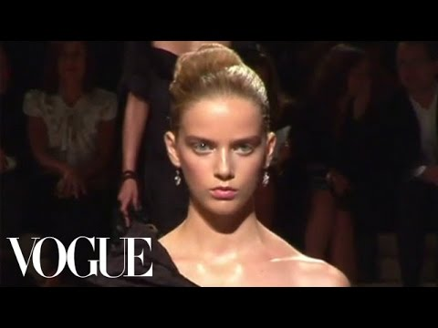 Fashion Show - Prada: Spring 2009 Ready-to-Wear
