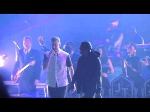 """Justin Timberlake Brings Out Jay-Z For Surprise Performance Of """"Holy Grail"""""""