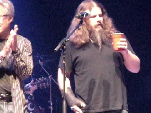Kid Rock crashes Darius Rucker's Benefit Concert!  June 2010--Nashville Music Videos