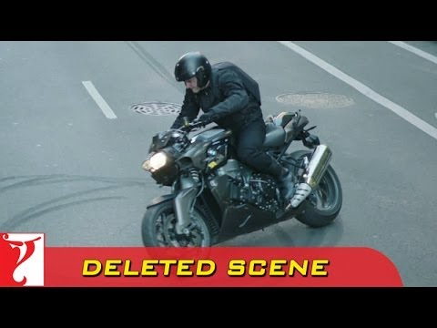 Heist 1 Bike Stunt - Deleted Scene 1 - DHOOM:3