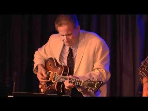 Dave Stryker and Vic Juris at the Iridium, NY 2011 Part 2