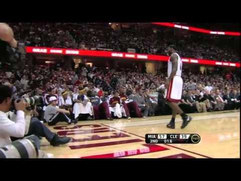 HD - LeBron James Highlights Vs. Cleveland Cavaliers - 12 02 2010