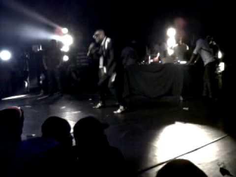 Concert De Dj Arafat Au Bataclan serge Beynaud1.3gp video