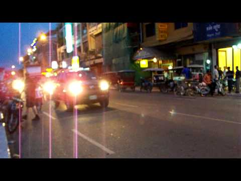 Phnom Penh – Evening traffic.