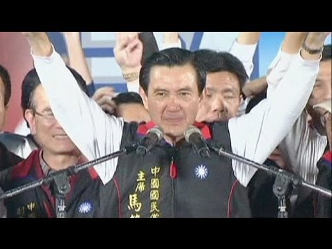 Taiwan re-elects president, endorsing China policy