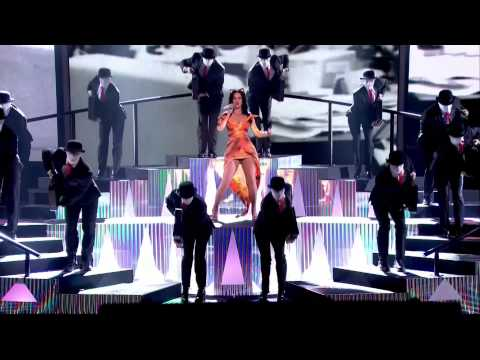 Katy Perry - Roar (Live The X Factor UK 20/10/13)