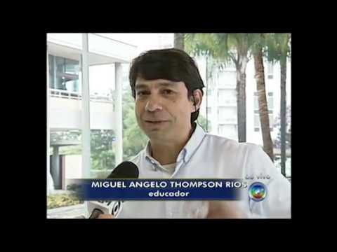 Diretor do objetivo, Miguel Thompson d orientaes sobre escolha da escola