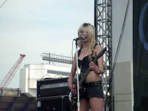 The Pretty Reckless - My Medicine Music Videos