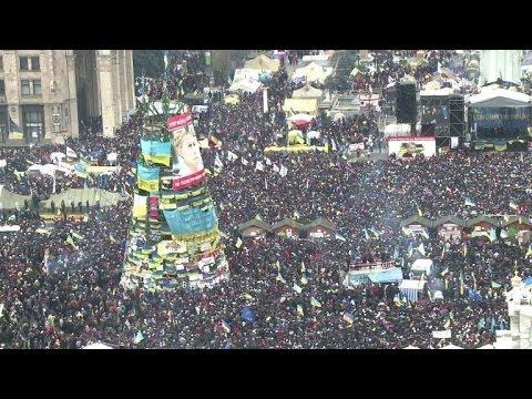 Ukraine's opposition holds mass pro-EU rally