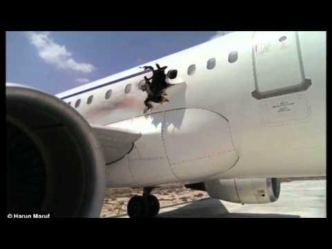 SOMALİ HAVAYOLU AIRBUS A321 UÇAKTA PATLAMA SONRASI HAVAALANI İÇİN DÖNDÜ