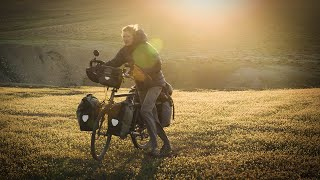 3 Days in No Man's Land | Cycling the World 31