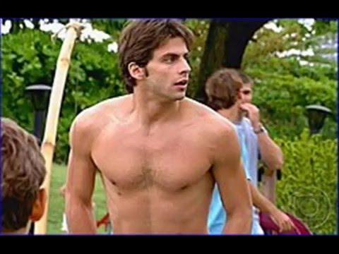 Brazilian actor hunk Henri Castelli shirtless sexy moments