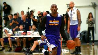 Kobe Bryant Dunks in Practice!