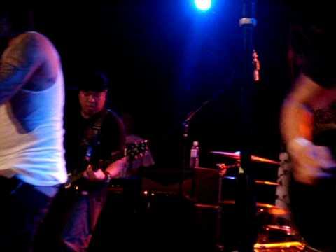 Slapshock - Carino Brutal (LIVE)