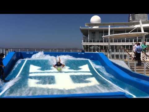 Allure of the Seas - Flow Rider - Simulateur de surf - Royal Caribbean