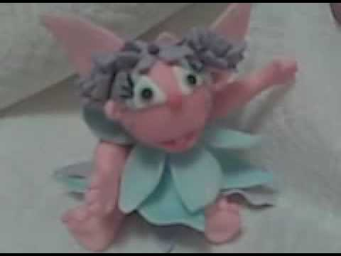 ABBY CADABBY AND ELMO GUMPASTE FIGURES Video