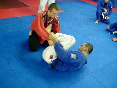 Professor Teles teaches a spider guard sweep Image 1