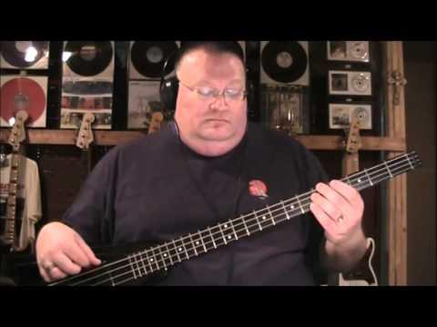 Lick It Up Bass 33
