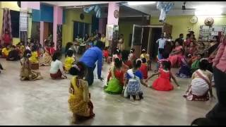 download lagu Assamese Dance Choreography. Uruwa Botahe.. gratis